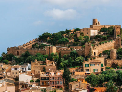 Enjoy a medieval route through Mallorca with Radio Taxi Pollensa